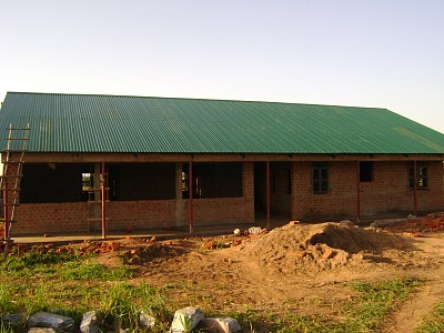 The roof is on the Ugandan medical clinic.